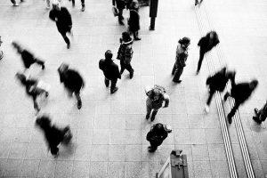 pedestrians-1209316_640